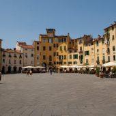 Piazza dell' Anfiteatro, Lucca, Italy