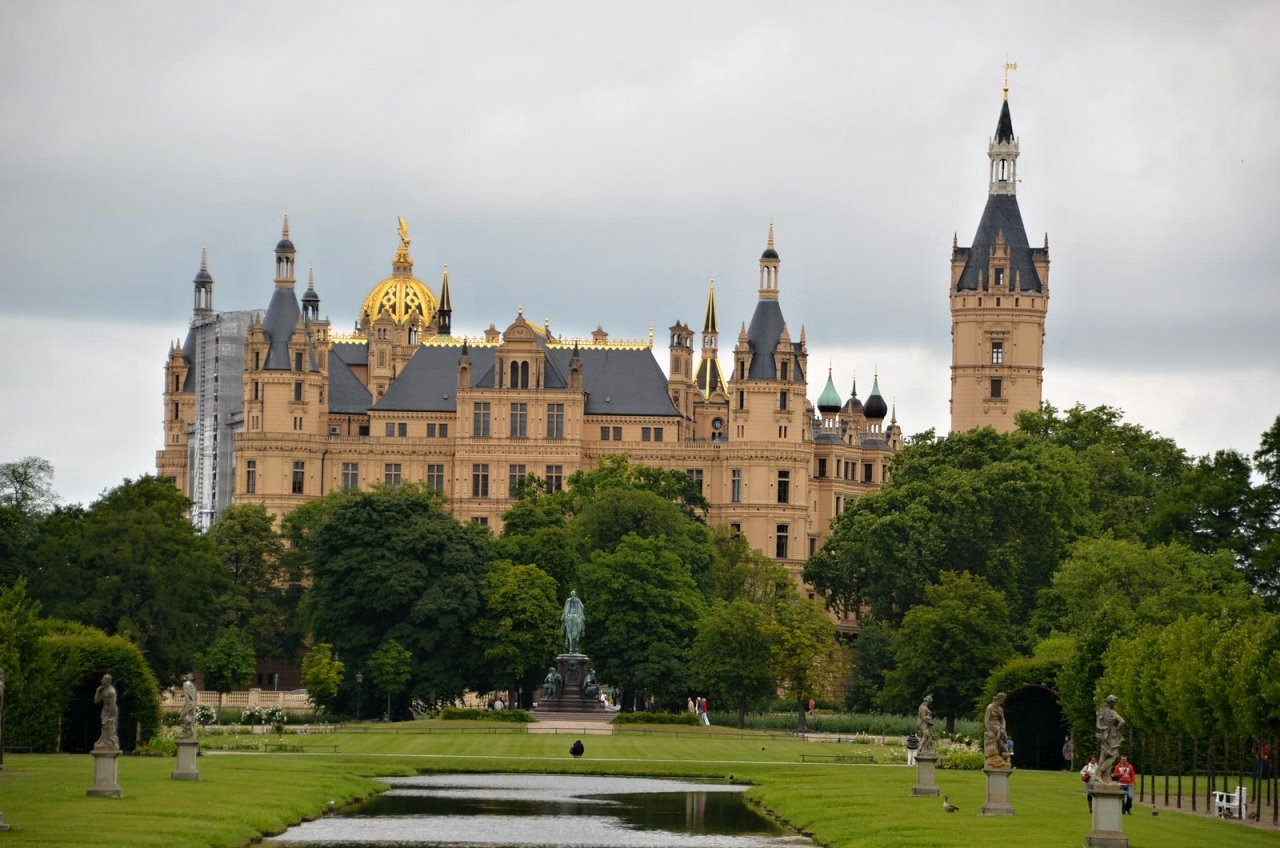 Schwerin Castle, Cities in Germany