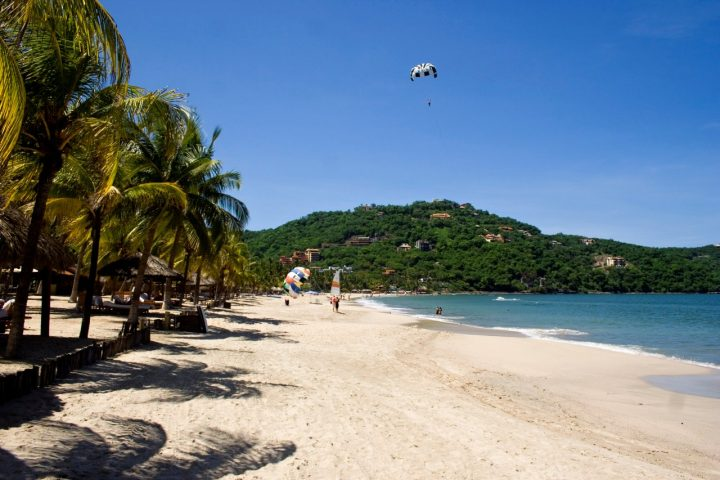 Beach at Zihuatanejo, Visit Mexico