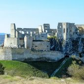Beckov Castle, Best places to visit in Slovakia