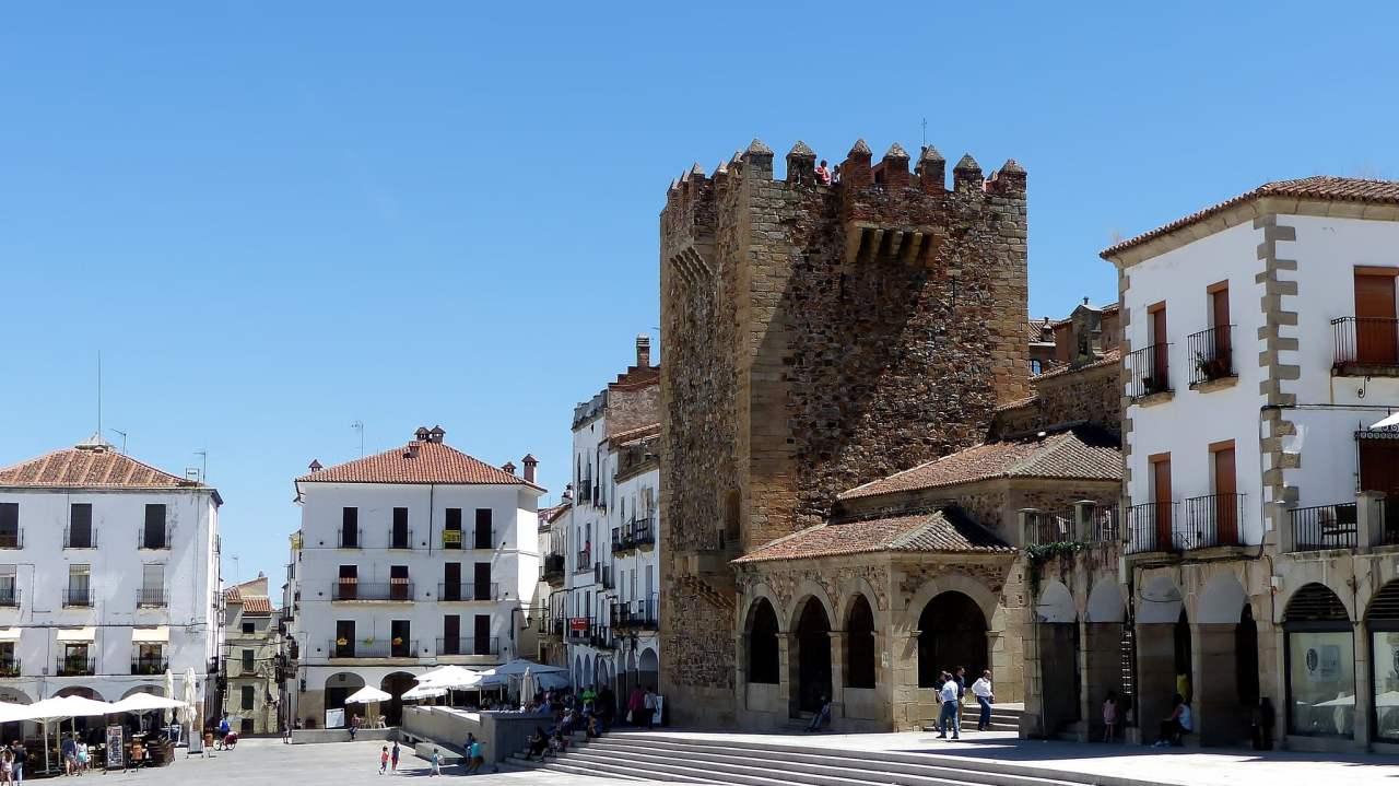 Bujaco tower, Cáceres, Spain