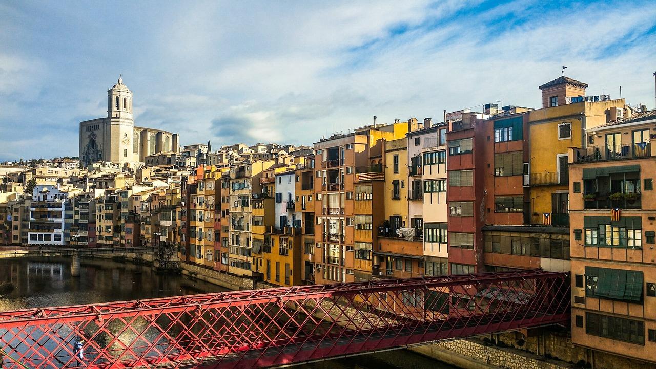 Girona, Cities in Spain