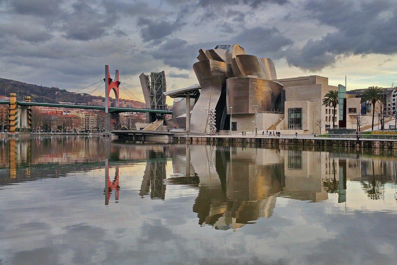 Guggenheim Museum Bilbao, Cities in Spain
