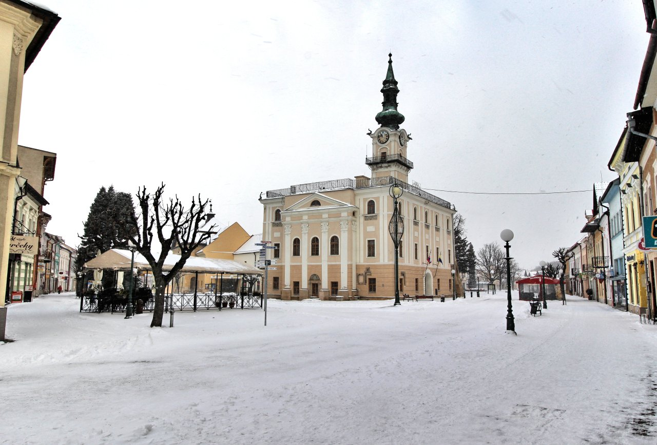 Town hall in Kezmarok, Best places to visit in Slovakia
