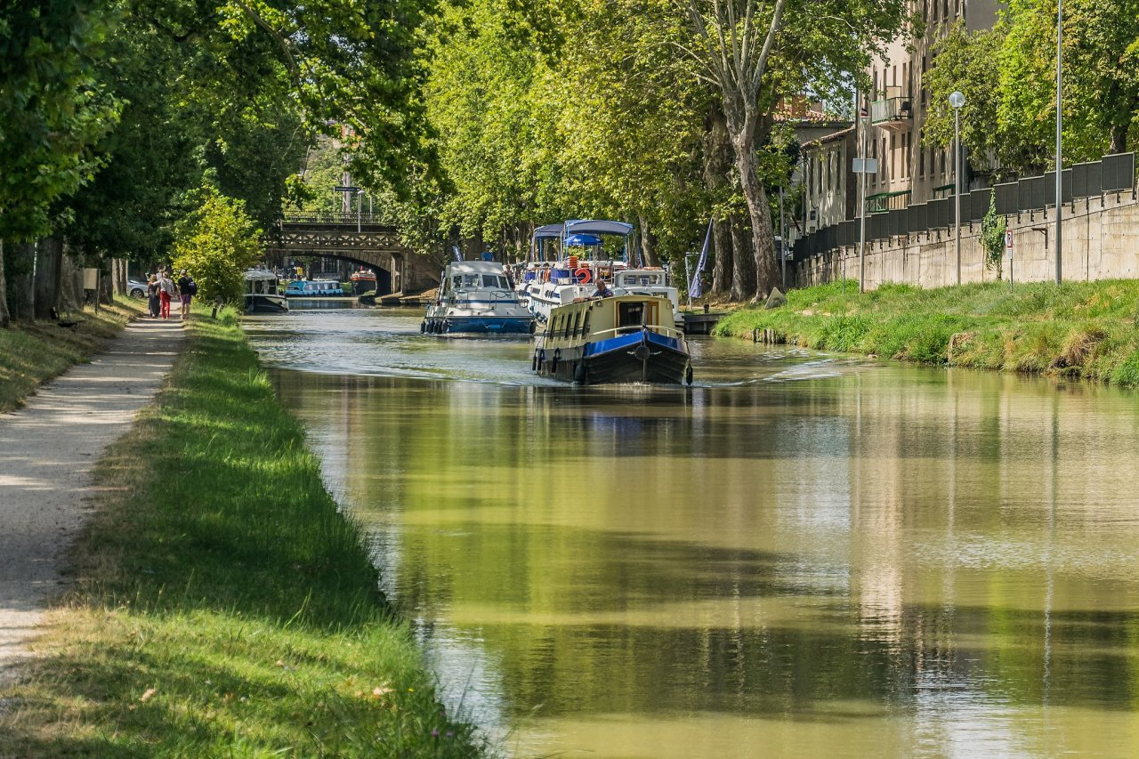 Canal du Midi, Carcassonne, France