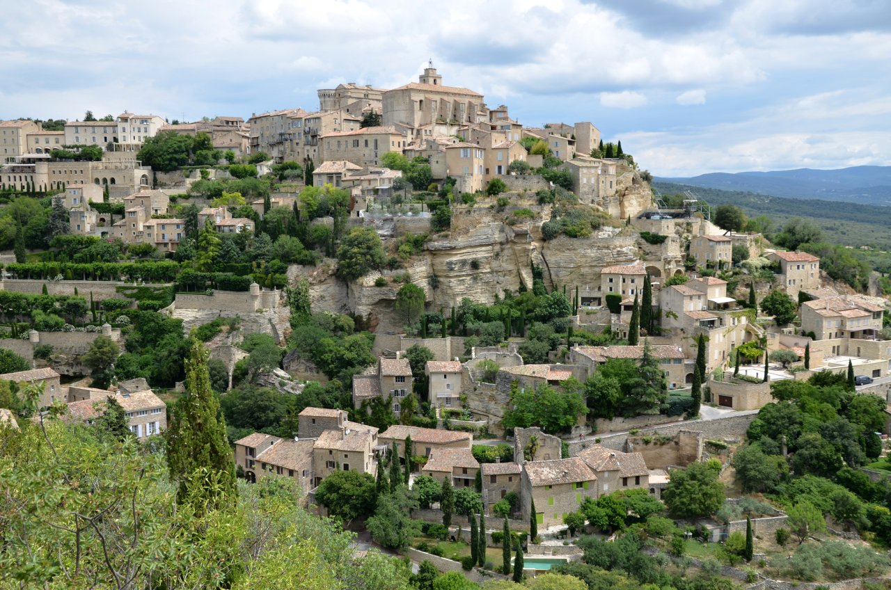 Chateau de Gordes, Cities in France