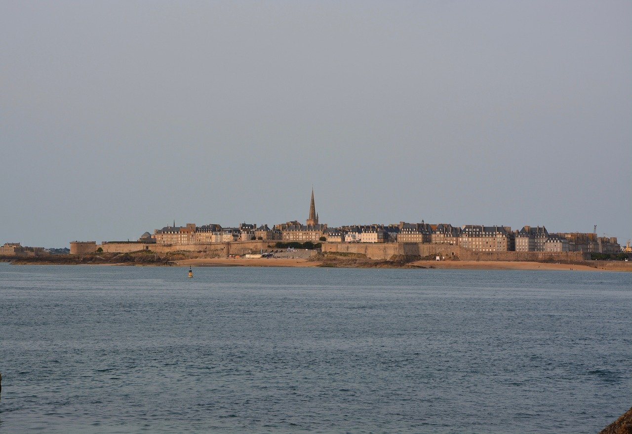 Saint-Malo, Cities in France