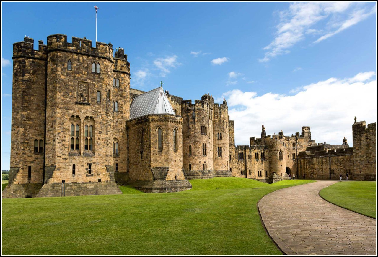 Alnwick Castle, England, Best places to visit in the UK