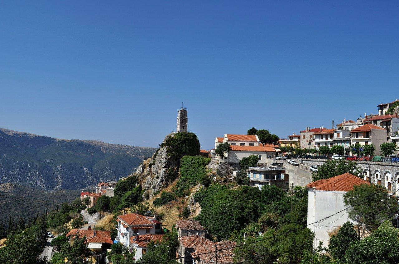 Arachova, Greece Travel