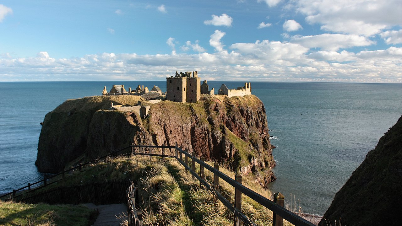 Dunnottar Castle, Scotland, Best places to visit in the UK