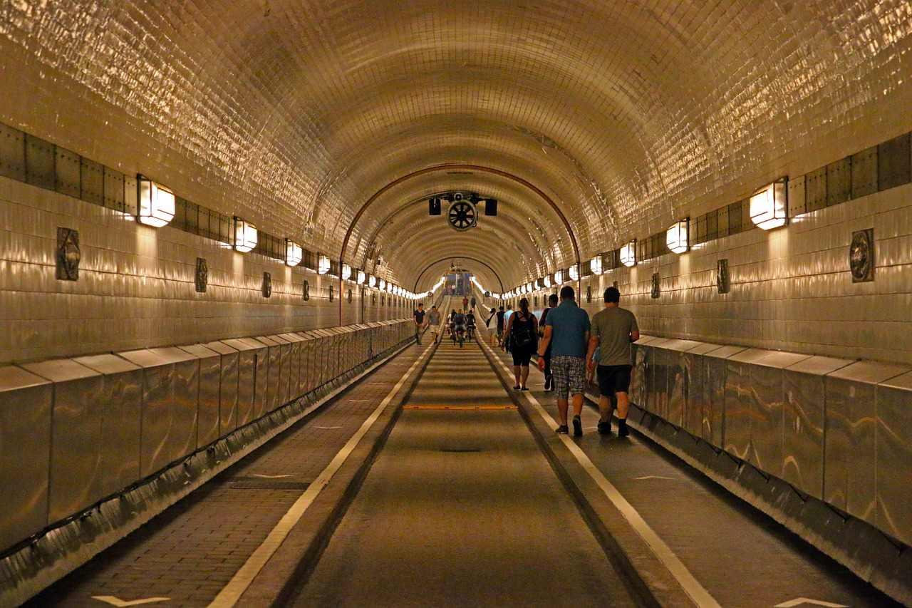 Elbe Tunnel, Hamburg, Germany