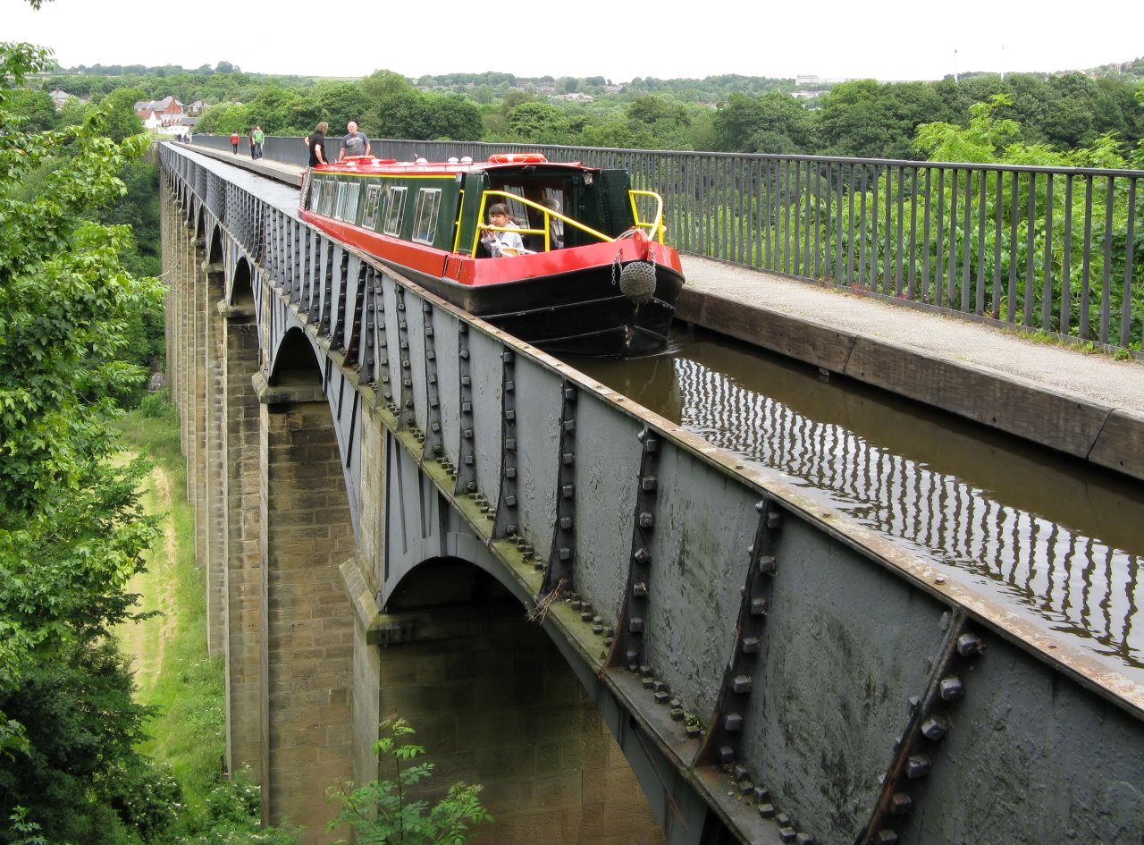 Pontcysyllte Aqueduct and Llangollen Canal, Wales, Best places to visit in the UK