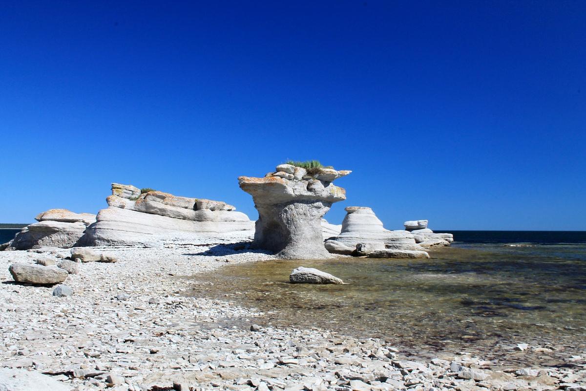 Mingan Monoliths, Canada
