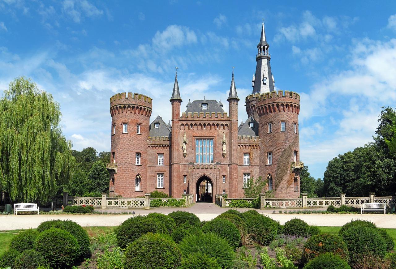Moyland Castle, Castles in Germany