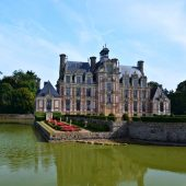 Beaumesnil, Castles in France