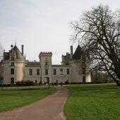 Breze, Castles in France