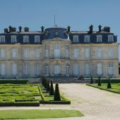 Champs-sur-Marne, Castles in France