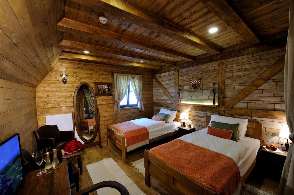 Ethno Houses Plitvica Selo, Hotels in Croatia 3