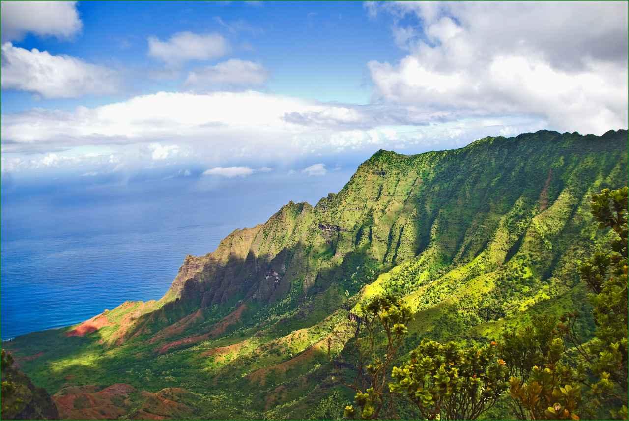 Nā Pali Coast State Wilderness Park, Kauai, Hawaii, Visit in USA