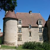 Chareil-Cintrat, Castles in France