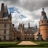 Maintenon, Castles in France