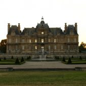 Maisons-Laffitte, Castles in France