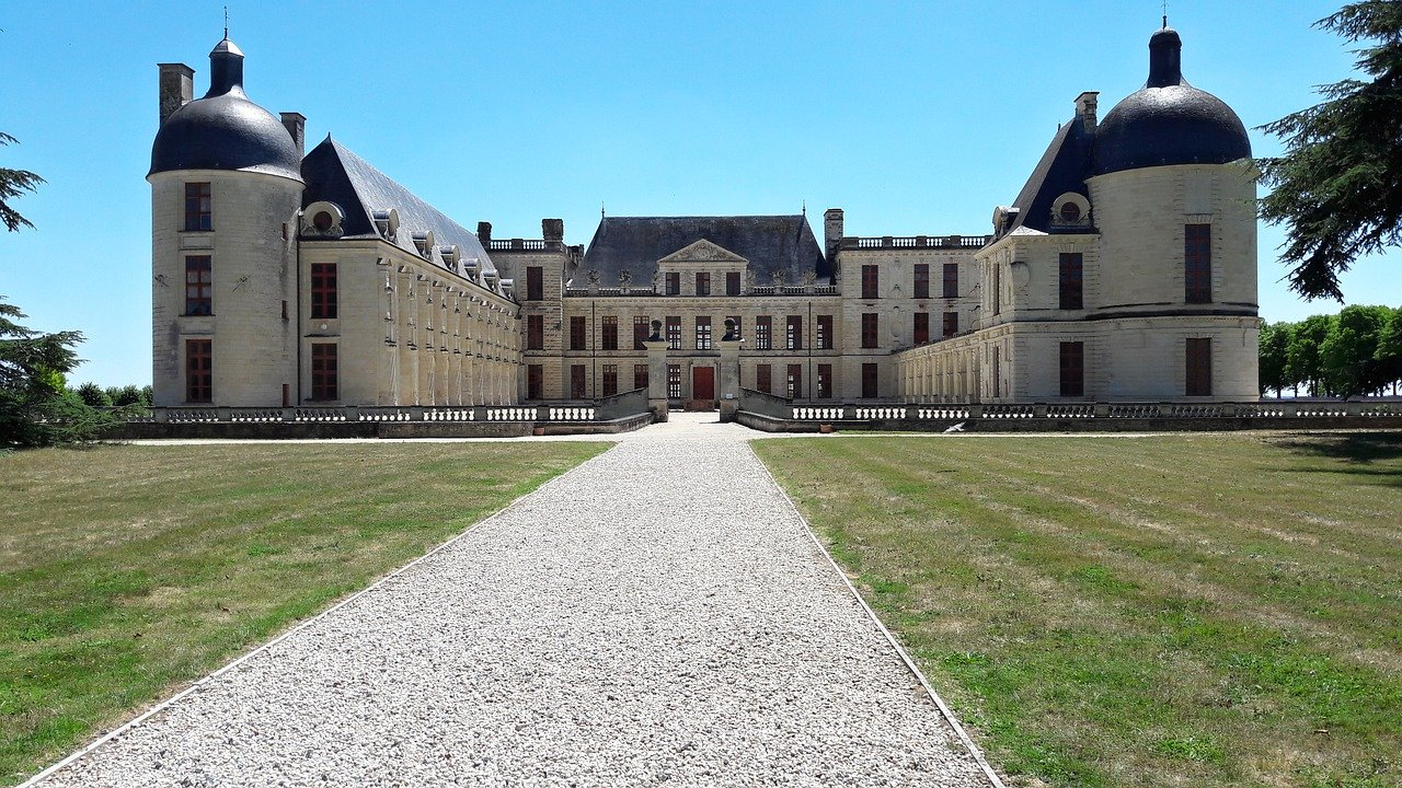 Oiron, Castles in France