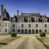 Saint-Jean-de-Beauregard, Castles in France