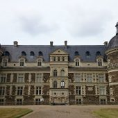 Serrant, Castles in France