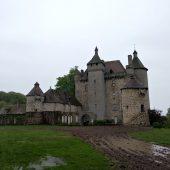 Villemonteix, Castles in France