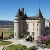 Château de Mercuès, Hotels in France