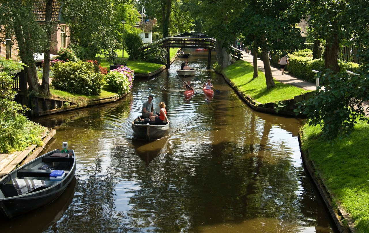 Giethoorn, Best Places to Visit in the Netherlands
