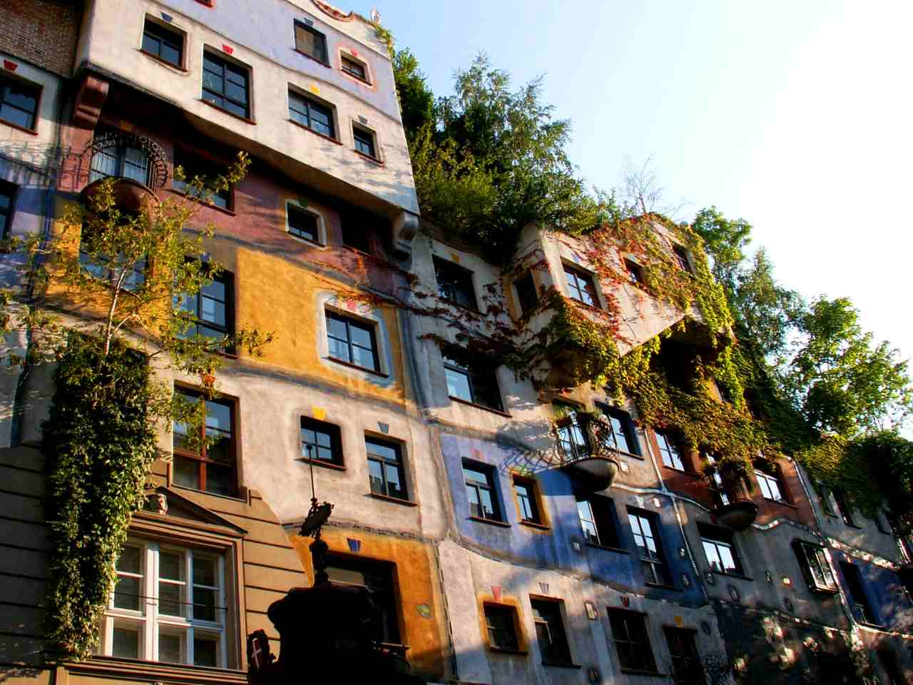 Hundertwasserhaus, Best Places to Visit in Vienna