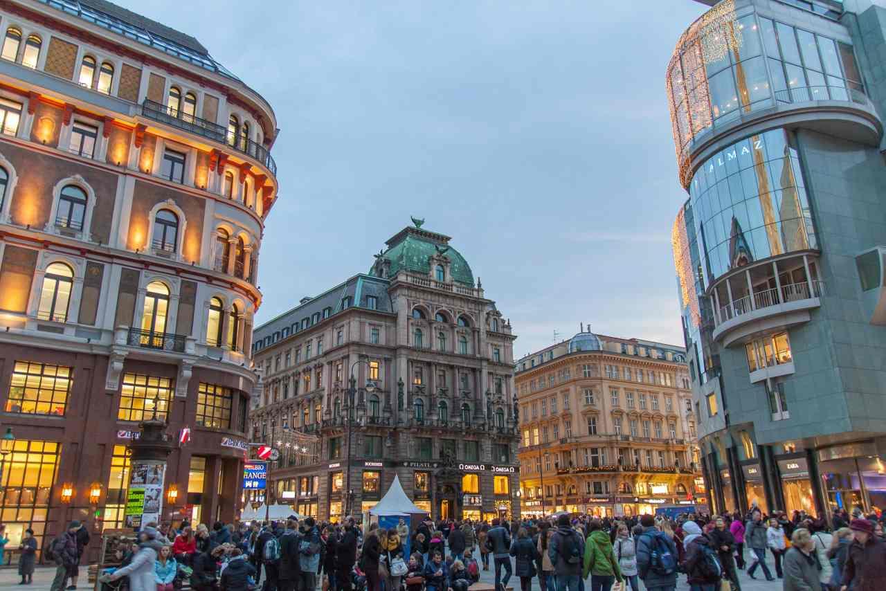 Stephansplatz, Best Places to Visit in Vienna