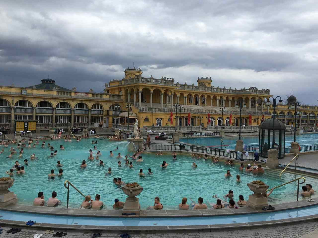 Szechenyi Baths, Places to Visit in Budapest