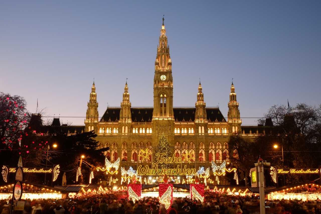Wiener Rathaus, Best Places to Visit in Vienna