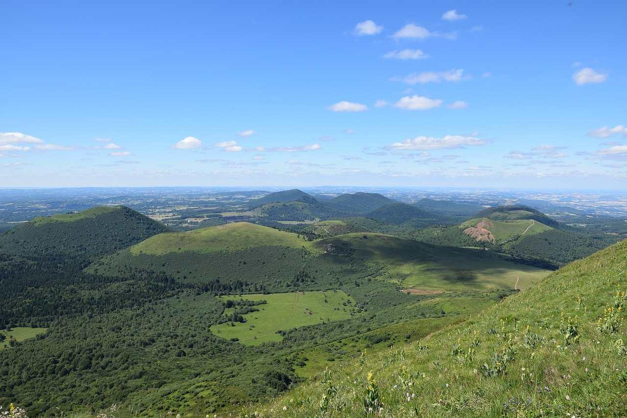 Chaine des Puys – Limagne fault tectonic arena, Unesco France